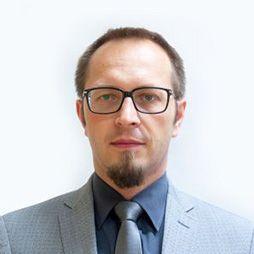 Dr n. med. Tomasz Zieliński